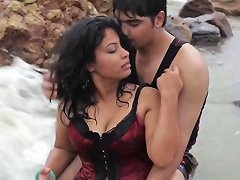 Desperate Desi Indian House Wife Shooting On Beach Non